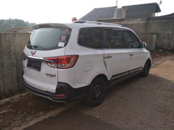 WULING CONFER0 S 7 SEATER