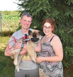 Ayko mit seinen Besitzern Alexande Janine vom Aargau