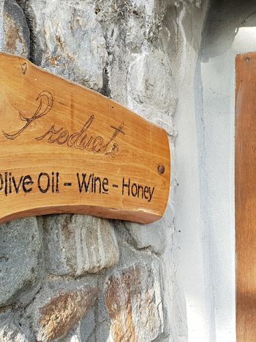 olive oil cellar