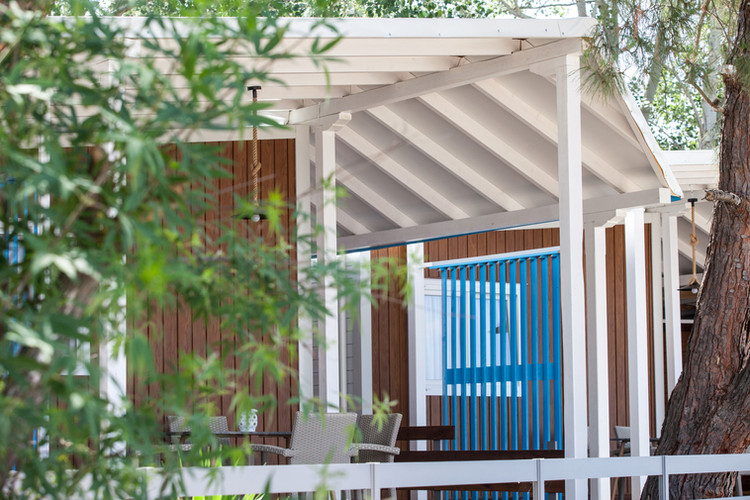 notos lux seaside bungalow
