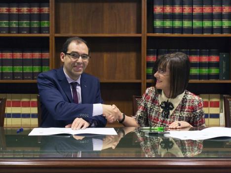 La UNED de A Coruña y el Ilustre Colegio de Procuradores de A Coruña (ICP A CORUÑA-CEPROC) firman un