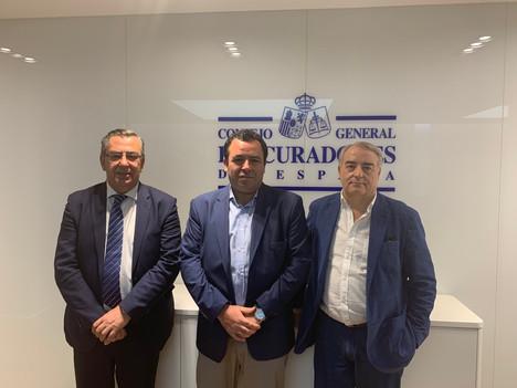 Reunión de nuestro Decano en el Consejo General de Procuradores con D. Pablo Martín Lamounan, Direct