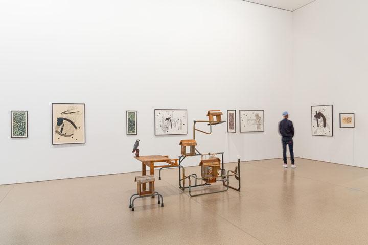 "Kemang Wa Lehulere, Installation view ""Kemang Wa Lehulere: Bird Song"", Deutsche Bank KunstHalle, 2017,     Photo: Mathias Schormann, courtesy of Deutsche Bank Kunsthalle"