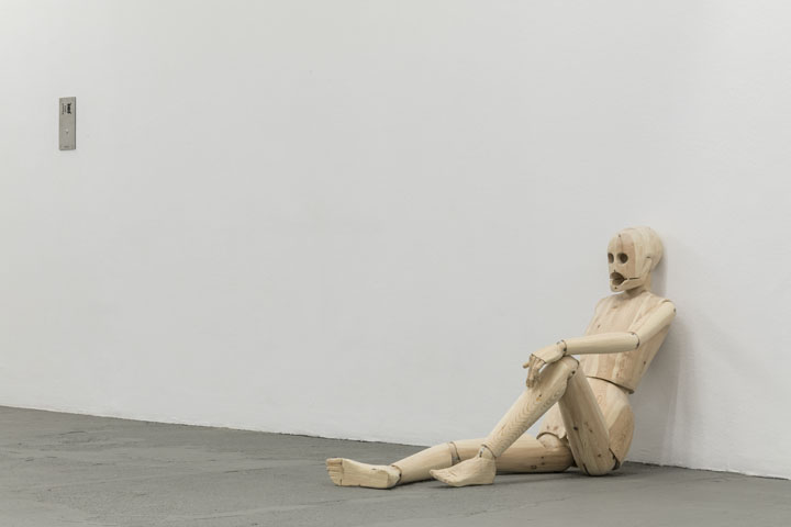 Sidsel Meineche Hansen, Untitled (Sex Robot), 2018, installation view of the exhibition Real Doll Theatre, KW Institute for Contemporary Art, Berlin, 2018, photo: Frank Sperling, Courtesy the artist and Rodeo, London/Piräus