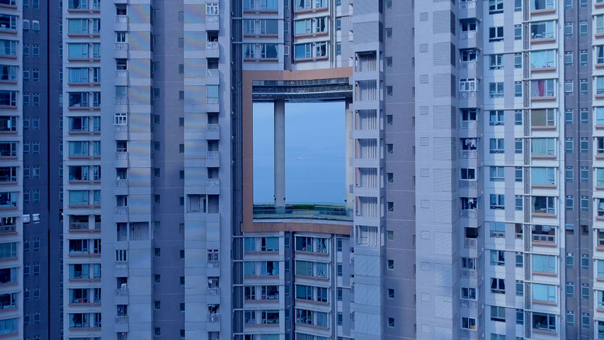 WangShui, From its mouth came a river of high-end residential appliances, 2018, single-channel video, 13'. Video still. Courtesy of the artist.