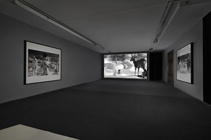 """From a Poem to the Sunset"", Daimler Art Collection, Potsdamer Platz Berlin: Yang Fudong Foto/Photo: Hans-Georg Gaul, Berlin"