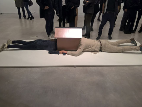 Movables and Mimes – The Works of Erwin Wurm at Berlinische Galerie