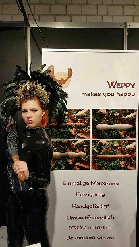 Weppy auf der BoundCon BDSM Fair