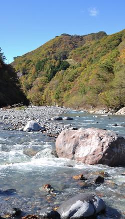 川〜流れてゆくよ
