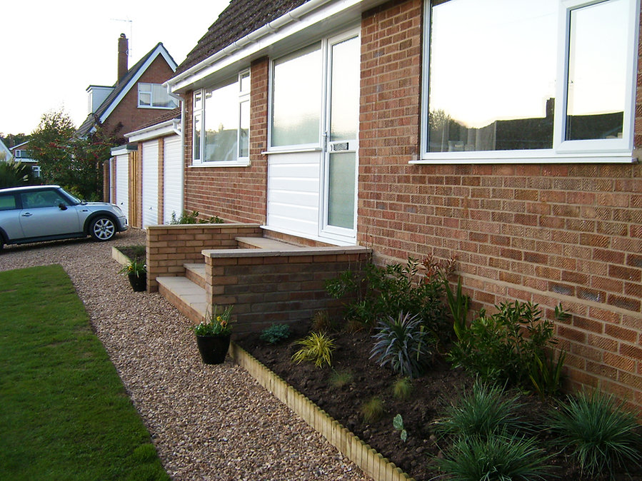 Front of House - Steps/Raised