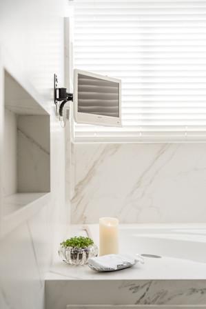 Detalhe nicho esculpido - banheiro
