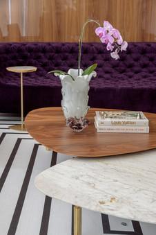 Mix mesas de centro e murano com arranjo floral
