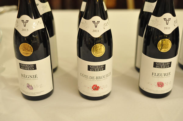 gamay cru beaujoulais wine bottles red wine regnie cote de brouilly fleurie