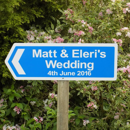 wedding direction sign from 2800