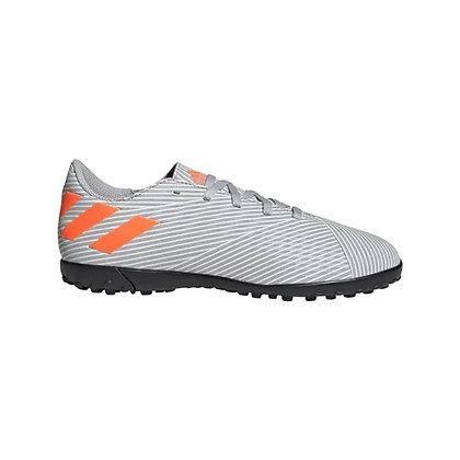 נעלי כדורגל מסוג קט רגל לילדים של אדידס נמסיס - giantballs.co.il