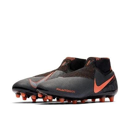 נעלי כדורגל מקצועיות לדשא סינטטי מעולות - giantballs.co.il
