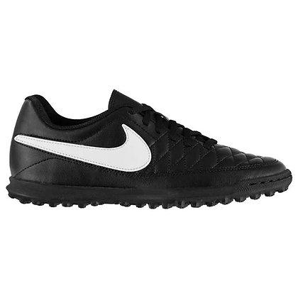נעלי קט רגל שחורות של נייק מידות בוגרים - giantballs.co.il
