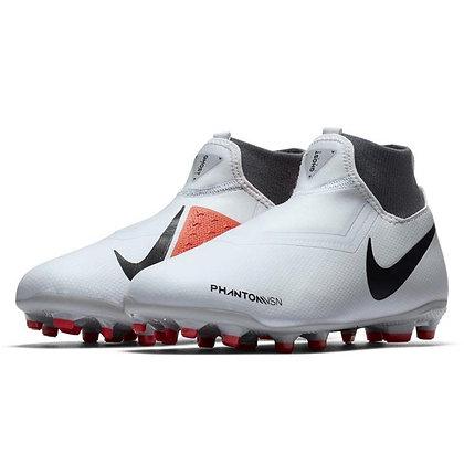 נעלי כדורגל מקצועיות לילדים נייק