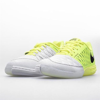 נעלי כדורגל אולמות סוליה שטוחה נייקי - ענק הכדורגל