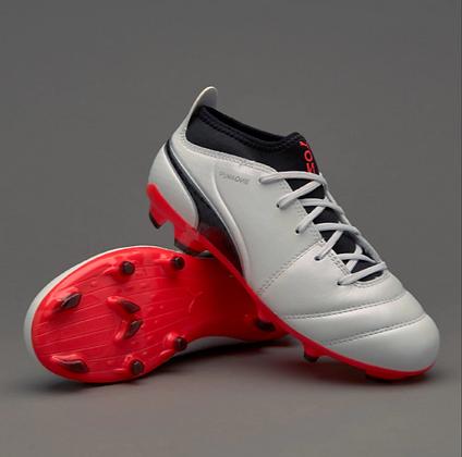נעלי כדורגל פקקים לילדים | Puma One 17.3