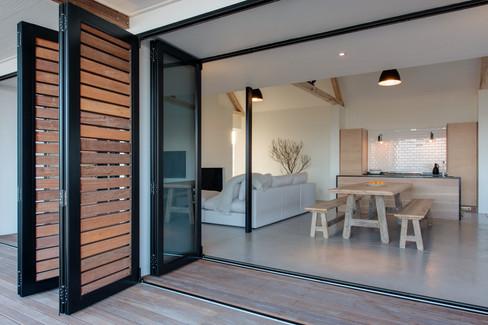 schwegmann house - kitchen & dining area