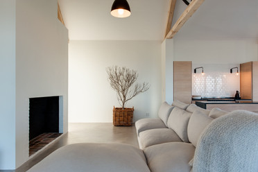 schwegmann house - living area #2.jpg