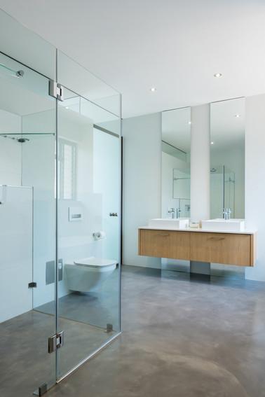 House Steyn - Main bathroom #2.jpg