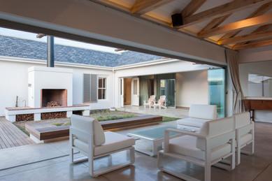 House Le Roux - courtyard area #2.jpg