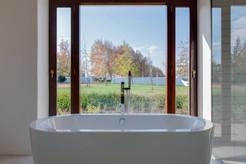 Winemakers house - first bathroom #1.jpg