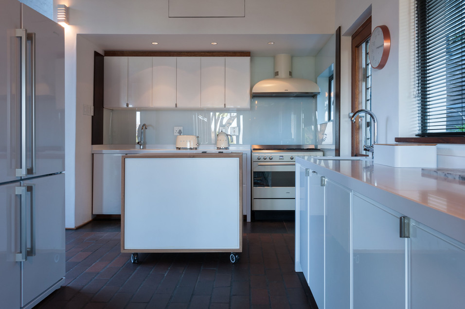 House Roos - kitchen area #3.jpg