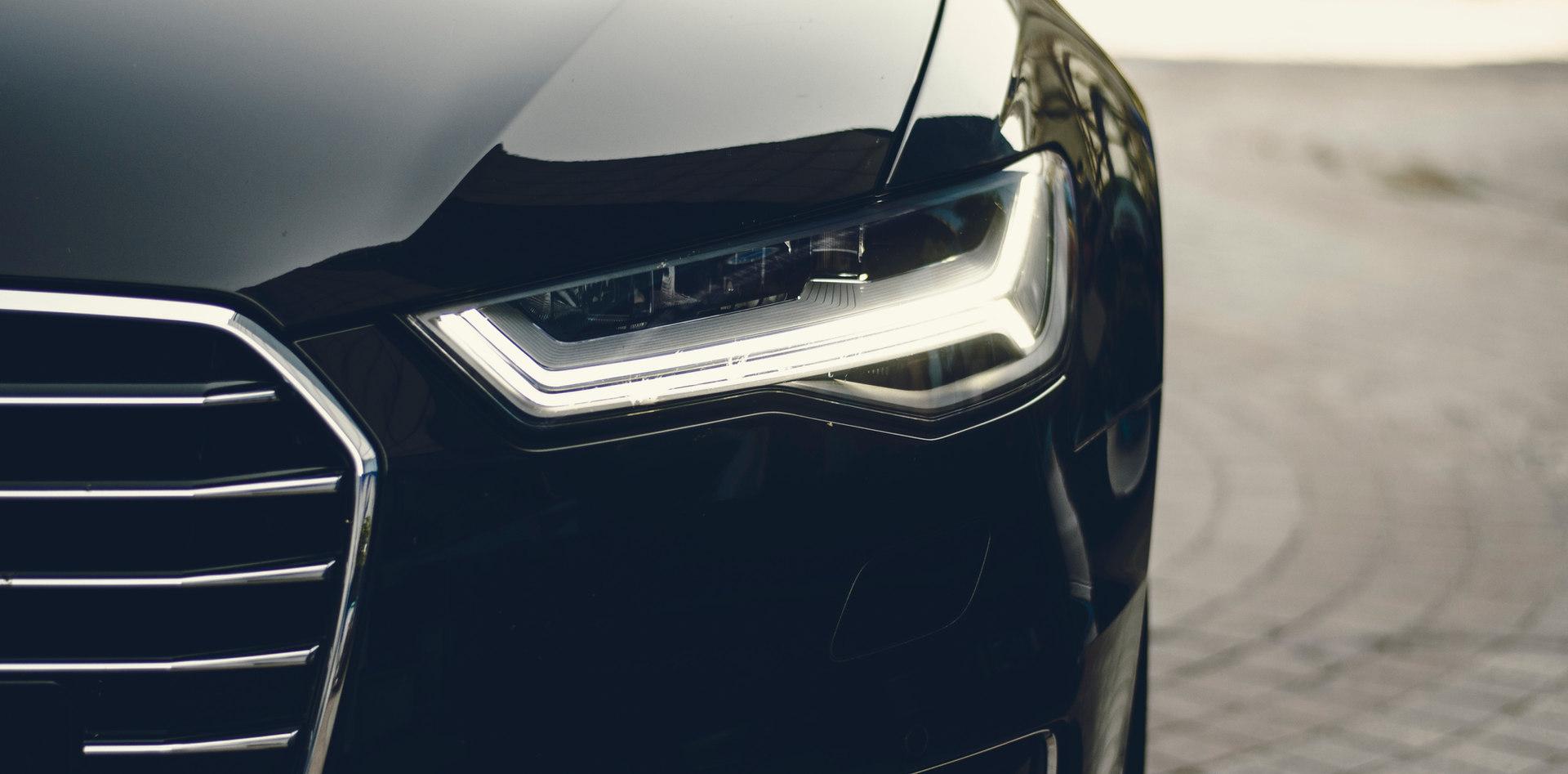 auto-automobile-automotive-305070.jpg