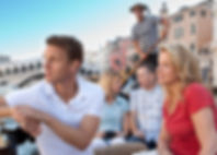 Couple-Venice-canal-guided-tours.jpg