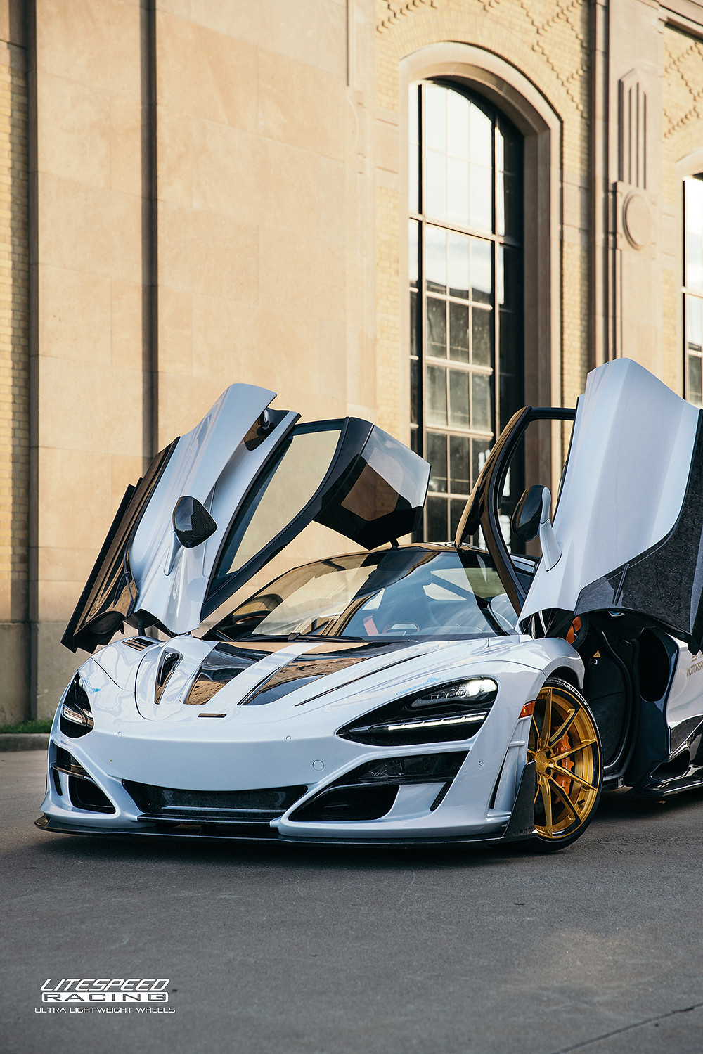Mansory Mclaren 720s with gold and carbon wheels