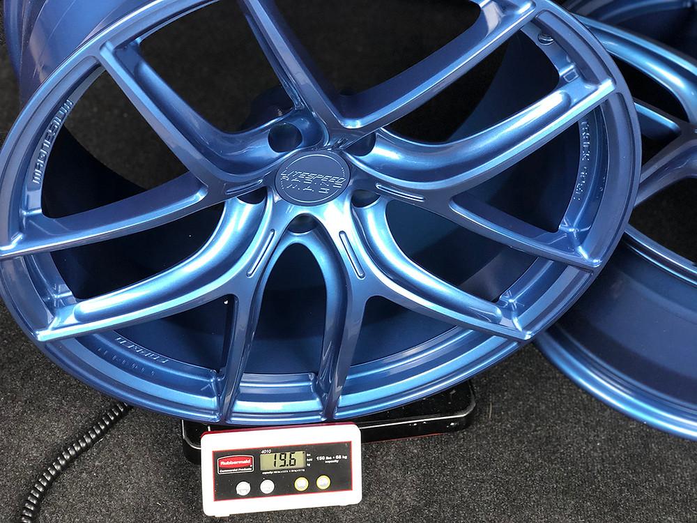 custom blue magnesium wheel for ferrari