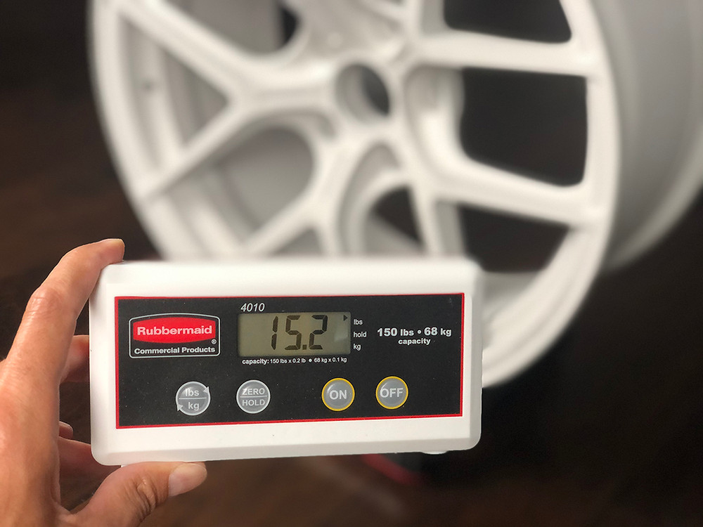white forged magnesium wheel is only 15 pound