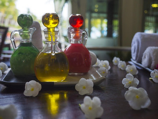 Quelles sont les spécificités du massage aux huiles essentielles ?
