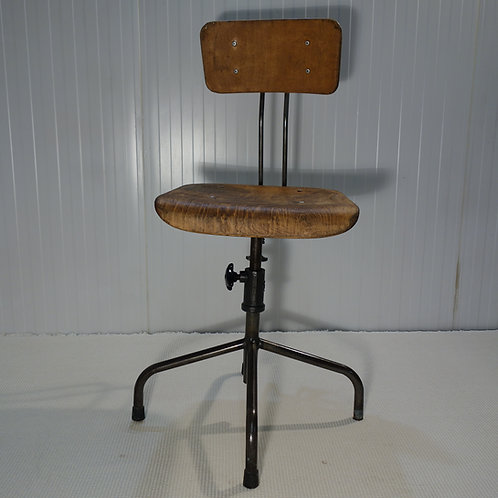 vintage, old school, lab stool, vintage stool, wooden vintage, vintage lab stool, adjustable stool