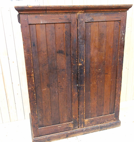 victorian, cupboard,pine,drawers, doors, distressed,paint, paint finish, doors, antique, storage, varnish, hinges, worldwide