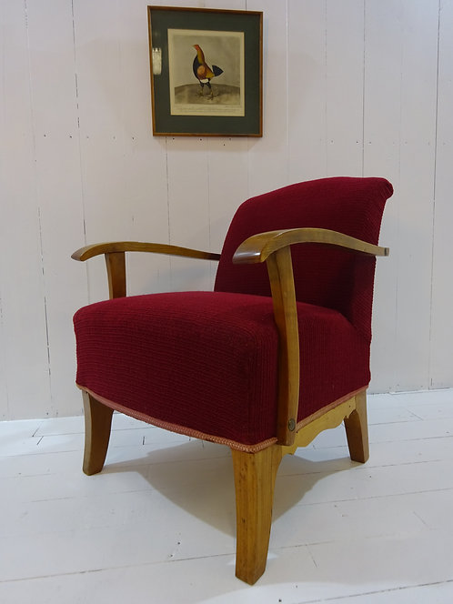 art deco lounge chair, red fabric on art deco lounge chair, walnut armrests, new stock, rare finds, special chairs, lounge