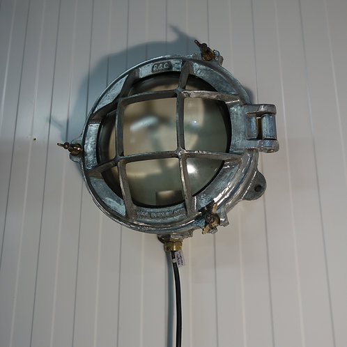 grey aluminium,bulkhead, bulk head light, industrial bulkhead, wall light