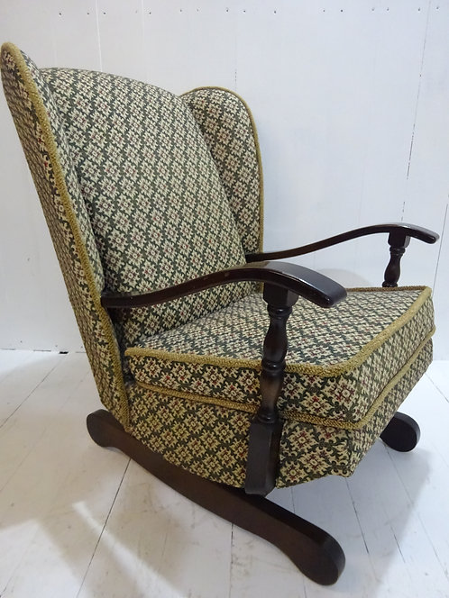 1950's, rocking chair, vintage rocking chair, retro design, rocking chair, traditional rocking chair, carved wood, beech