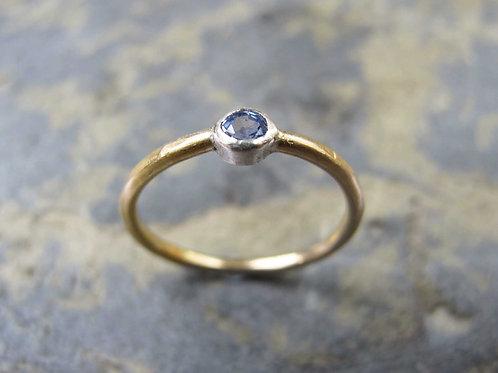 lavender sapphire gold ring
