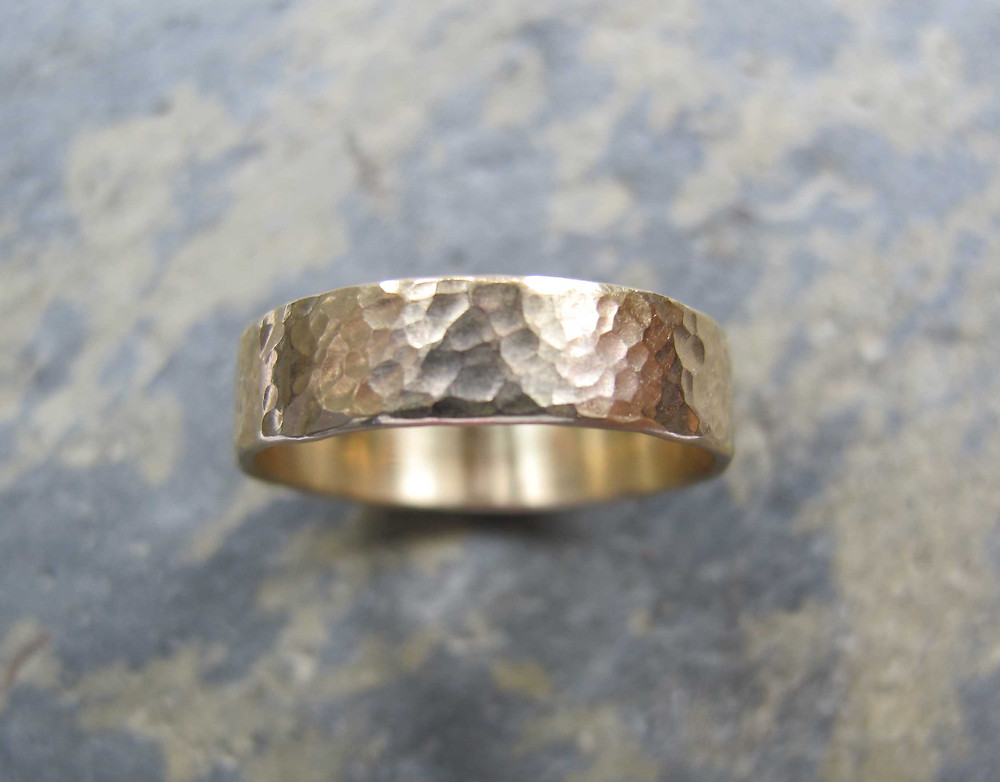 mens gold wedding ring