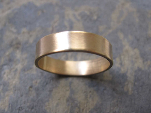 Men's handmade gold wedding ring