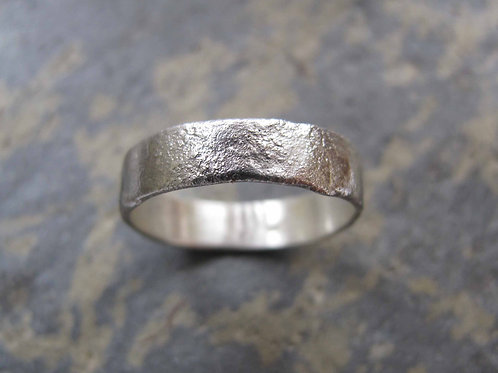 Men's rustic textured thick silver band ring