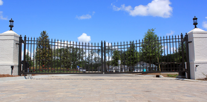 Aluminum Community Gate
