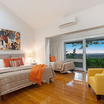 House-Sky-Tallai-Luxury-Holiday-Home-Bed