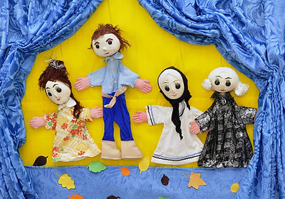 puppets-834229_1920.jpg