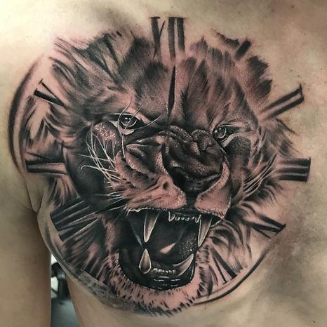 lion clock alex.jpg