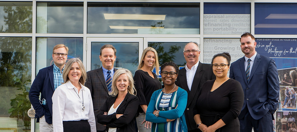 A picture of the staff members that work at the Komoka Mortgage Centre.